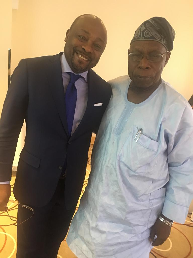 "<span  class=""uc_style_uc_tiles_grid_image_elementor_uc_items_attribute_title"" style=""color:#ffffff;"">Olusegun Obasanjo, ancien président du Nigeria</span>"