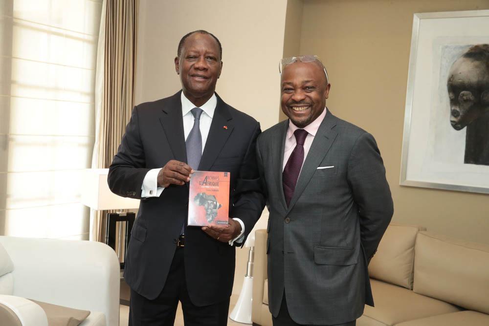 """<span  class=""""uc_style_uc_tiles_grid_image_elementor_uc_items_attribute_title"""" style=""""color:#ffffff;"""">Alassane Ouattara, président de la Côte d'Ivoire</span>"""